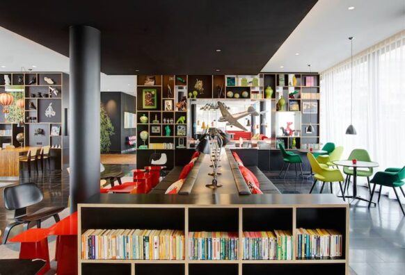 citizenM hotel Paris CDG